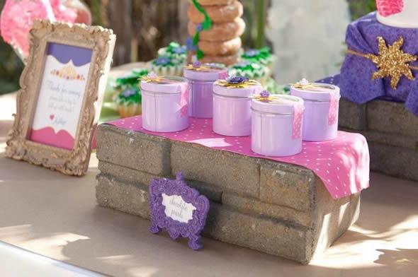 15 Lembrancinhas Perfeitas para Aniversário Enrolados - Rapunzel