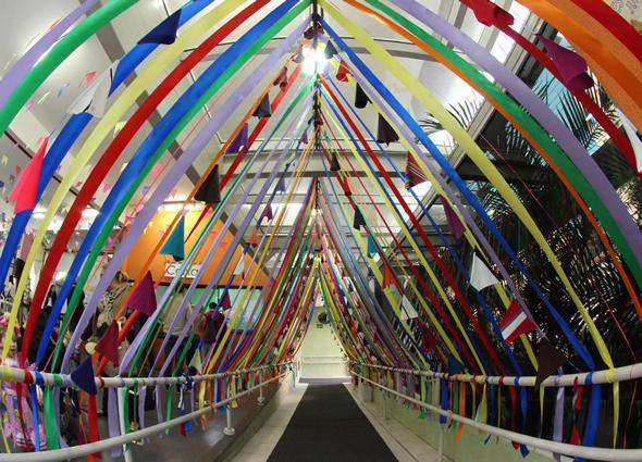 Decoraç u00e3o de Festa Junina na Escola 20 exemplos Pop Lembrancinhas -> Decoração De Teto Para Festa Junina