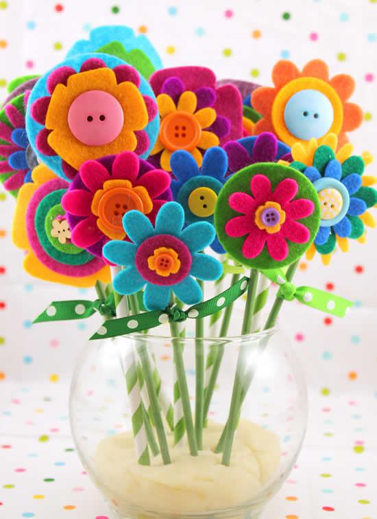 Lindas flores de feltro