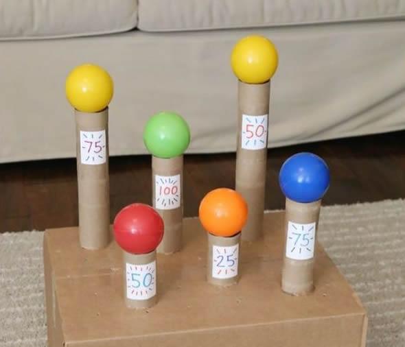 Brinquedos com Rolos de Papel Higiênico