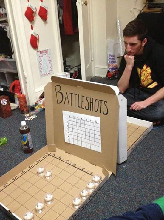 Jogo Batalha Naval com caixa de pizza
