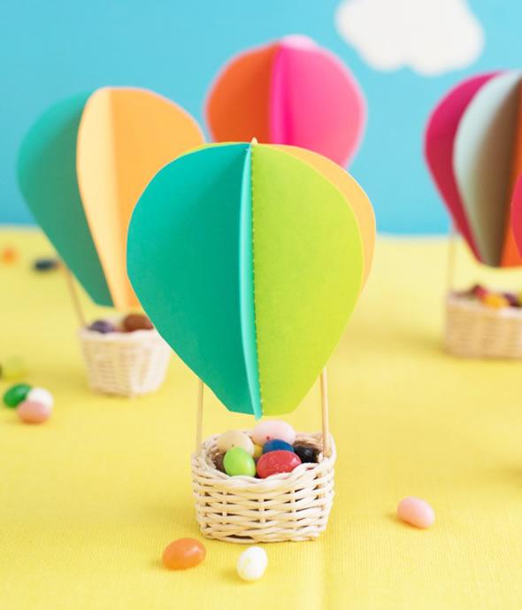 Lembrancinha com Balão de Papel com Molde