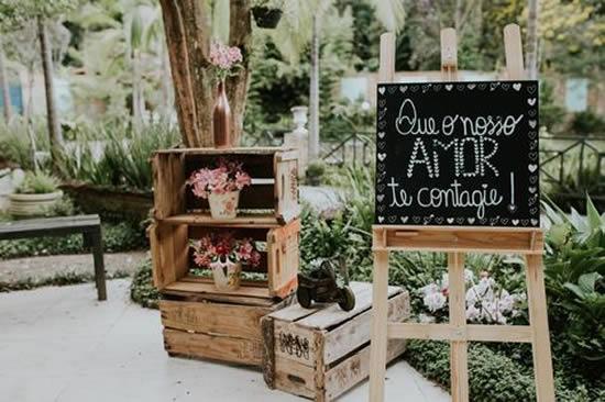 Decoração com Caixotes para Casamento