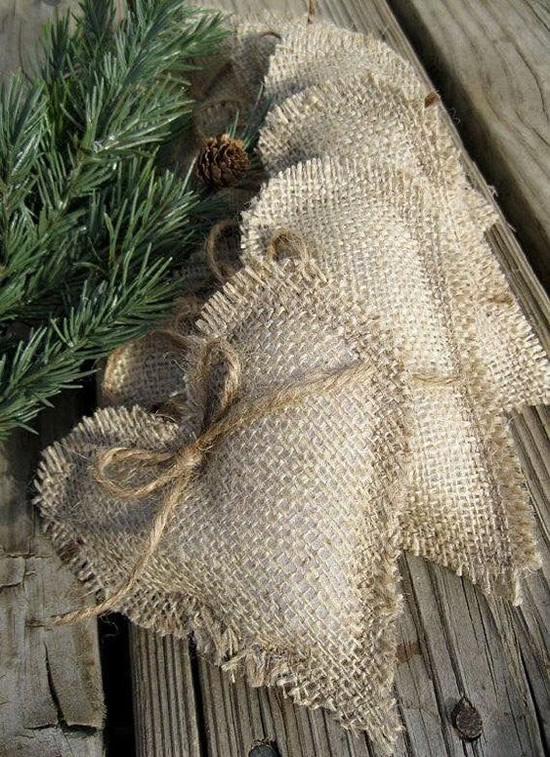 Enfeites Baratos com Juta para Natal