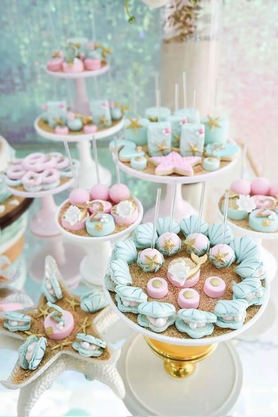 Lembrancinhas lindas com doces para festa fundo do mar