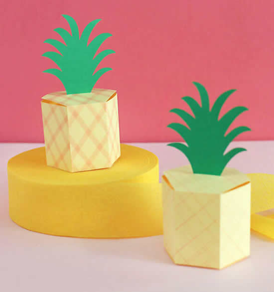 Linda caixinha abacaxi de papel