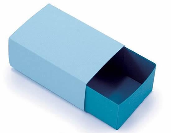 Caixa de fósforo de papel com moldes