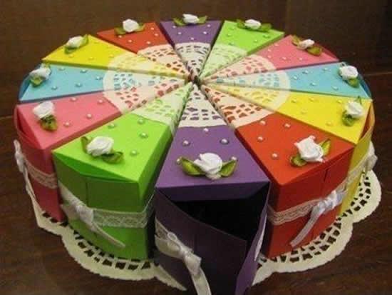 Caixa pedaço de bolo de papel