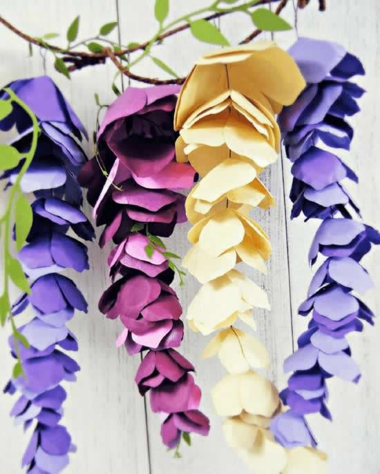 Decoração linda com flores de papel