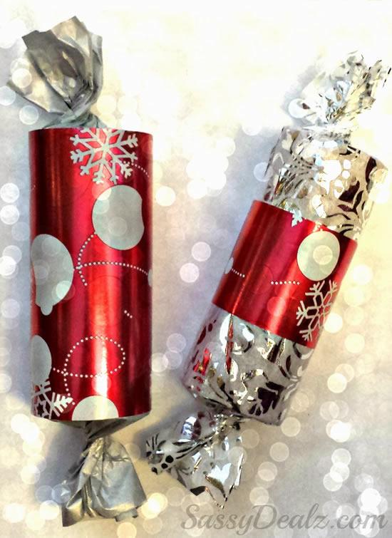 Lembrancinha com rolo de papelão para Natal