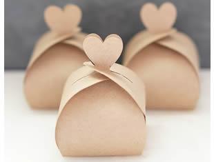 Caixinha linda de coração com molde