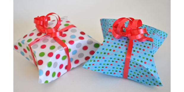 Caixa de papel para embalagem com moldes