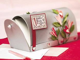 Caixinha de correio de papel com moldes