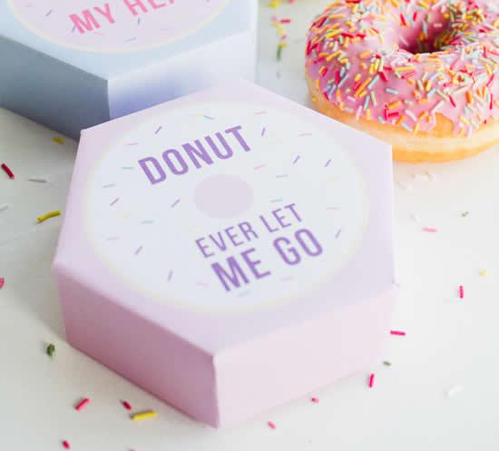 Caixa de papel para doces com molde