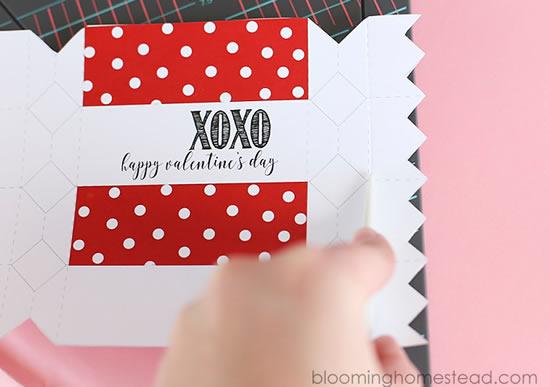 Caixinha com molde para Dia dos Namorados