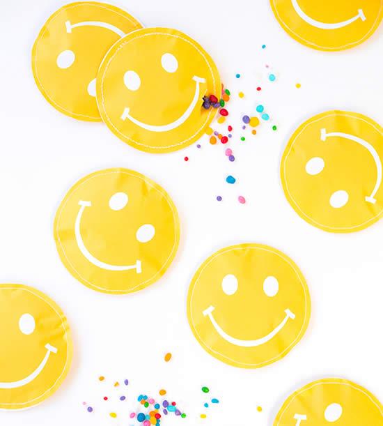Lindas lembrancinhas de festa emoji