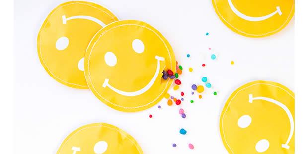 Lembrancinha para Festa Emoji com molde
