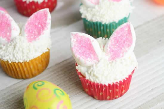 Lembrancinhas com cupcakes de coelhinhos