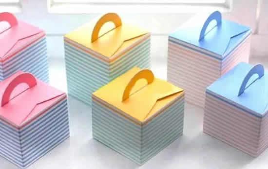 Lembrancinha de papel com moldes