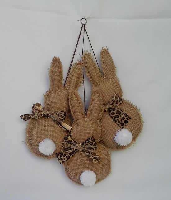 Coelhinhos de juta para decoração