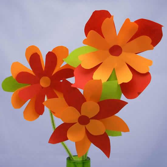 Linda flor de papel fácil de fazer