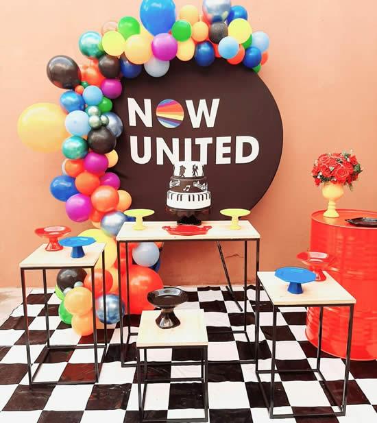 Decoração para Festa Now United
