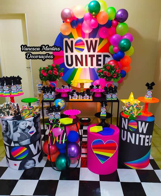 Decoração criativa para Festa Now United