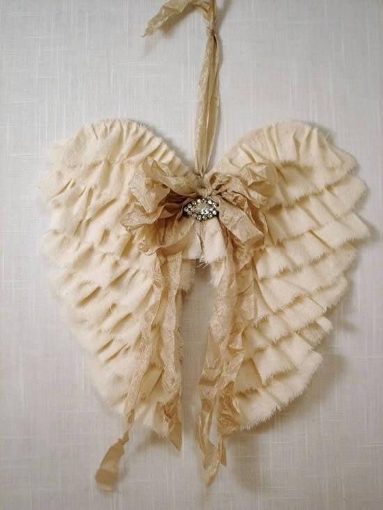Asas de anjo em artesanato