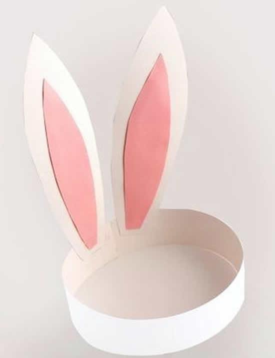 Orelhas de coelhos de papel com moldes