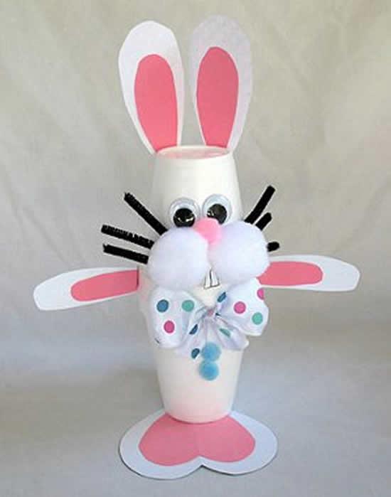 Linda orelha de coelho de papel