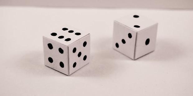 Molde para fazer dados de papel