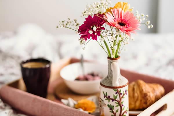 Cesta de café da manhã para o Dia dos Namorados
